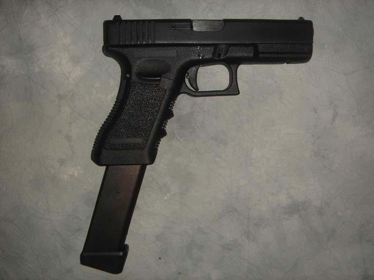 Will the Glock have it's stadard magazin - Steam Users' Forums  Will the Glock ...