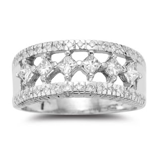 ideal diamond engagement ring with big stone