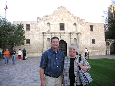 Roland and Nellie Lee in front of the Alamo in San Antonio Texas