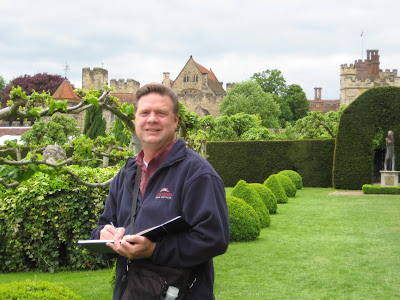 Roland Lee sketching at Penshurst Place in Kent England