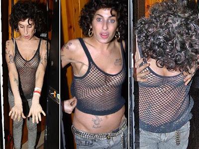 https://1.bp.blogspot.com/_X3lYIeHyXHE/SR2k1LOmUAI/AAAAAAAAAkc/FYCn8oFaDQk/s400/Amy+Winehouse.jpg