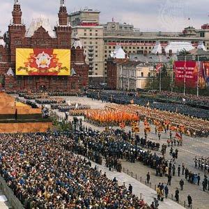 [Image: Russian+parade.bmp]
