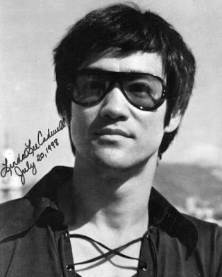 Bruce Lee is a legend in martial art, but his hairstyle is pretty simple.