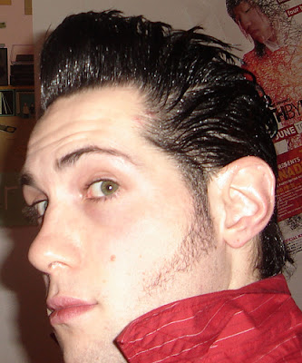 Shiny Old Pompadour Hairstyles Pictures. The old pompadour with a new little