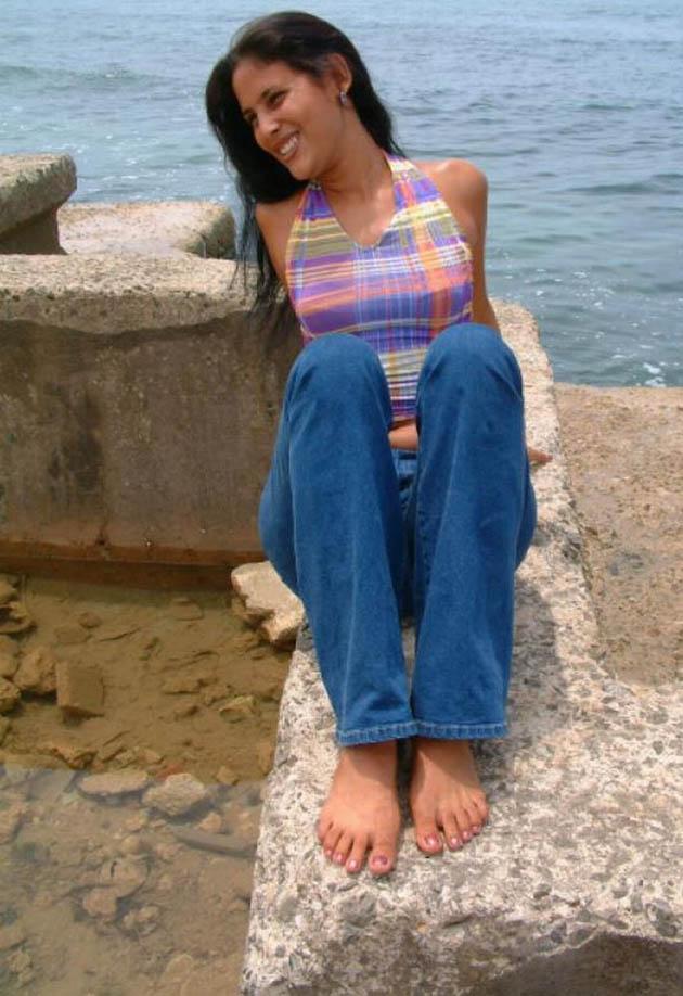 Fashion Celebrity Bancaan Bangladeshi Hot Aroosa Rehman-3513