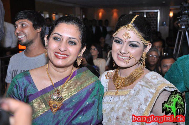 New Fashion Style Hollywood Celebrities Tisha Marriage Party-7874