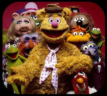"""GO HARD CENTAURS: Waka Flocka's """"Fozzie Bear"""" Chain Fozzie Bear Waka Flocka"""