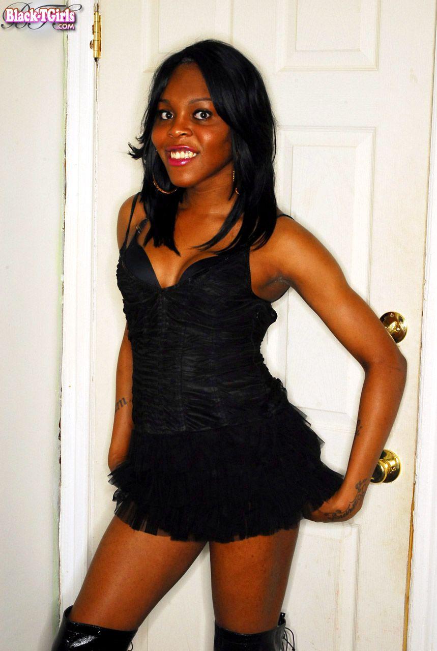 ladyboysmoviesandpictures: Black-Tgirls