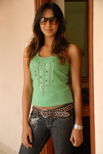 Telugu actress Sanjana gallery