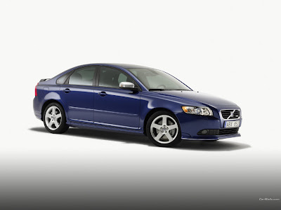 Volvo S40 pictures front view