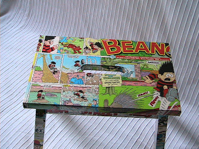 dandy and beano stool