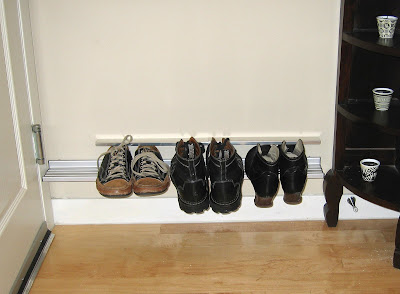 floating shoe shelf