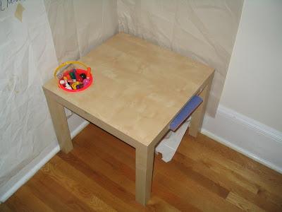 kid's art table