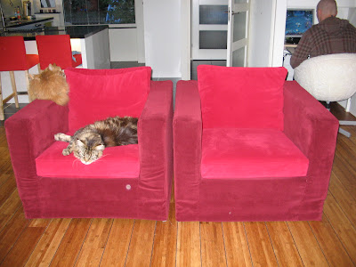 second hand karlanda armchair