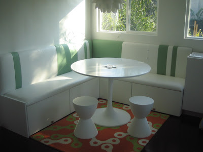 Banquette Dining Room Furniture on Banquette Sets