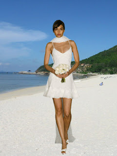 sexy-beach-wedding-dress