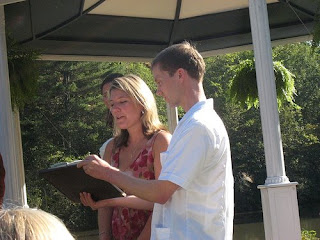 friend-wedding-reading
