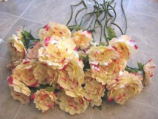 Wedding-Decor-Peony-Flowers-Cream