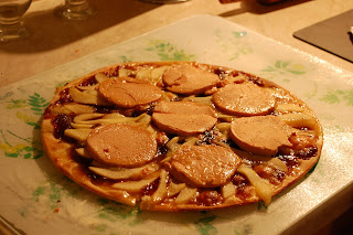 france 2010 foie gras pizza. Black Bedroom Furniture Sets. Home Design Ideas
