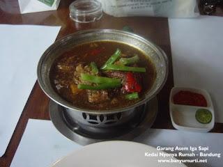 Kuliner 38 - Garang Asem Iga Sapi, Bandung