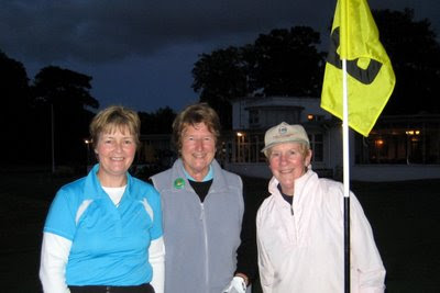 Suzanne Cadden, Jean Campbell and Lorna Craigie --- Click to enlarge