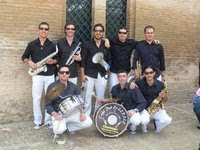Cómo contactar con una Charanga Musicalx para Eventos en Cádiz Sevilla Jerez de la Frontera The Prado's Band