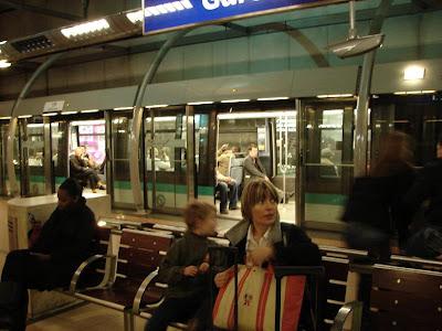 Theodore biscotte site grenoble paris m tro jardin du - Station metro jardin du luxembourg ...