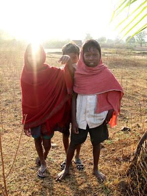 Indien Online: Hög barnadödlighet i Orissa och Bihar