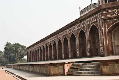 Posted by Ripple (VJ) :  Humayun's Tomb, Delhi : Series of pillars @ Humayun'sThe actual tomb of Humayun - the second Mughal emperor.Side view of Humayun's TombEntry for main Tomb...Series of pillars @ Humayun's Tomb, DelhiHumayun's Tomb is very well maintained...Light passing through a window @ Humayun's Tomb, DelhiBeautiful light pattern created by jaali in window @ Humayun's Tomb, DelhiLight pattern created by window light in a pillar @ Humayun's Tomb, DelhiLight pattern inside water body in front of Humayun's Tomb, Delhi Tomb, Delhi