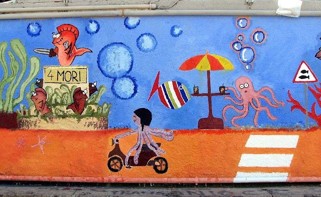 Life under the sea, mural, Livorno
