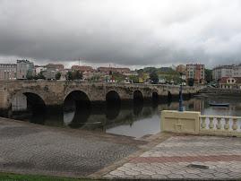 Bridge cross over Ria 河口海灣橋