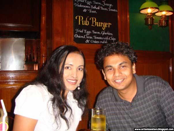 SRI LANKAN ACTRESS: Sunalei Rathnayake With Her Husband At