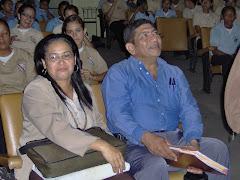 PROFA. EMILIA PINEDA Y EL PROF. HÉCTOR HEREDIA
