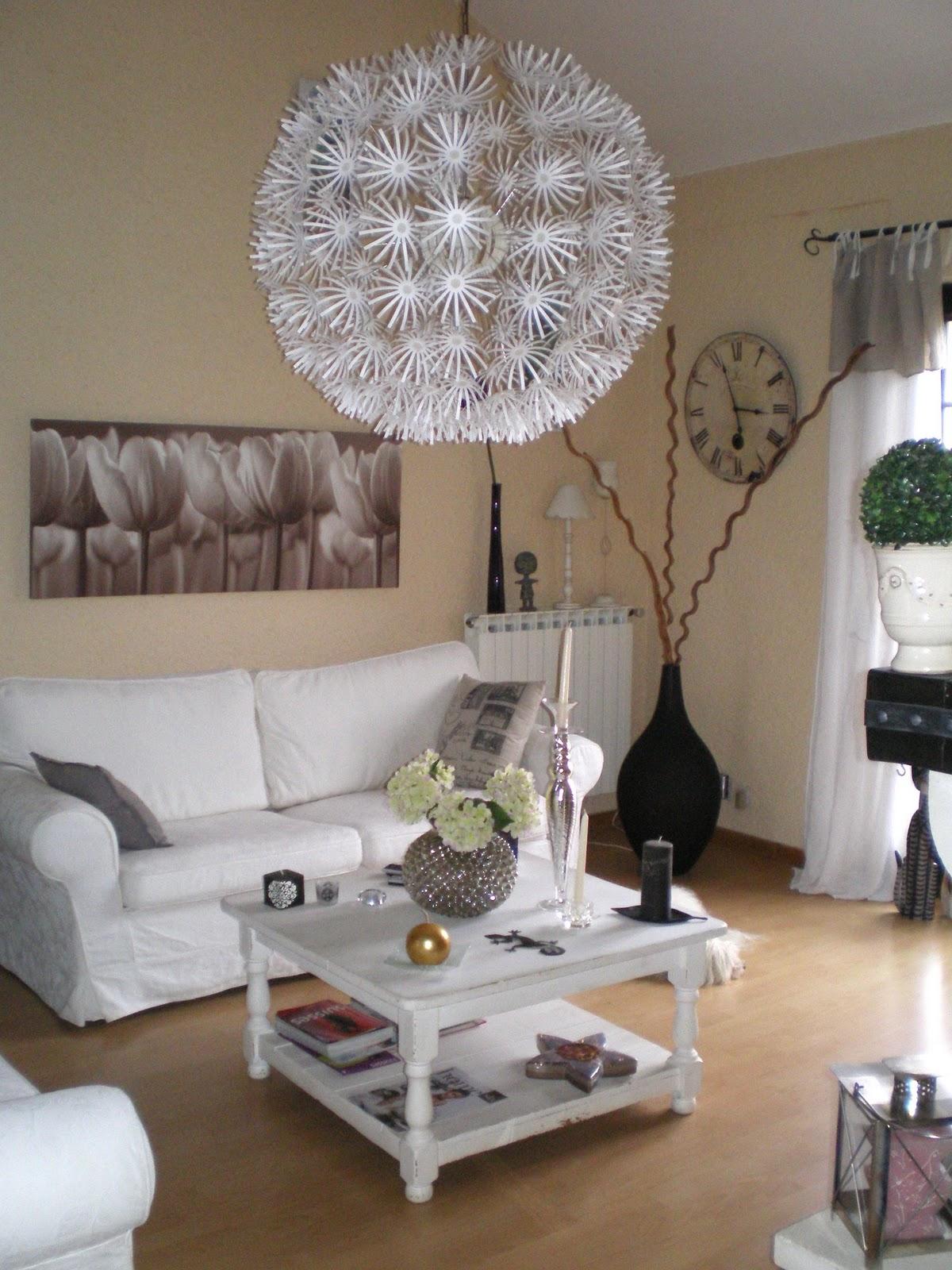 trendy homes janvier 2011. Black Bedroom Furniture Sets. Home Design Ideas