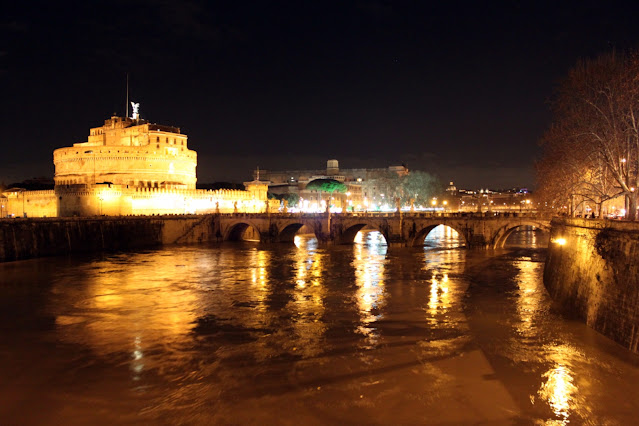 Castel Sant'Angelo di notte-Roma