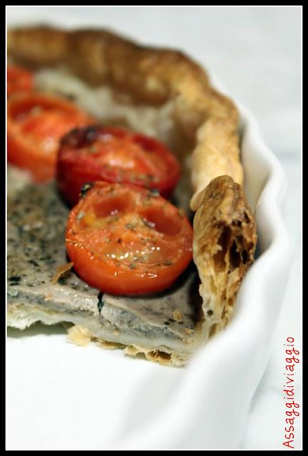 Pizza rustica pomodori e olive nere