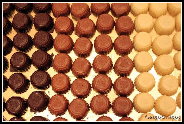 (tartufi alla vaniglia, tartufi alla canella, cioccolatino mojito, cioccolatino al limoncello,cioccolatino al caffè