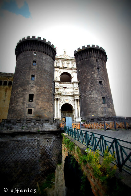 Maschio Angioino-Napoli