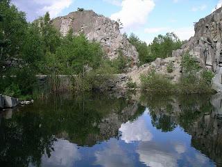 Stenhamra stenbrott bada