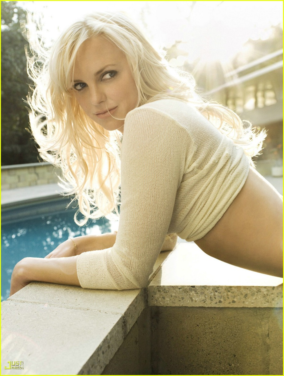 anna farris nude in playboy