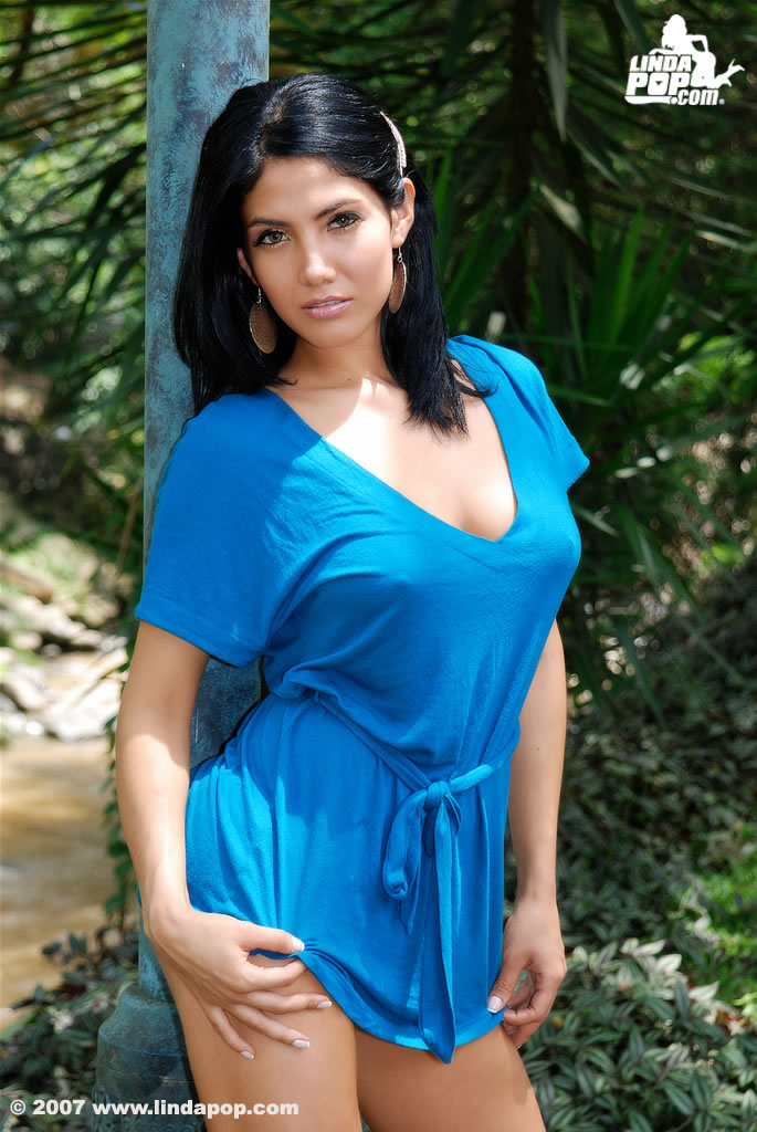 Angela from costa rica to the world - 5 1