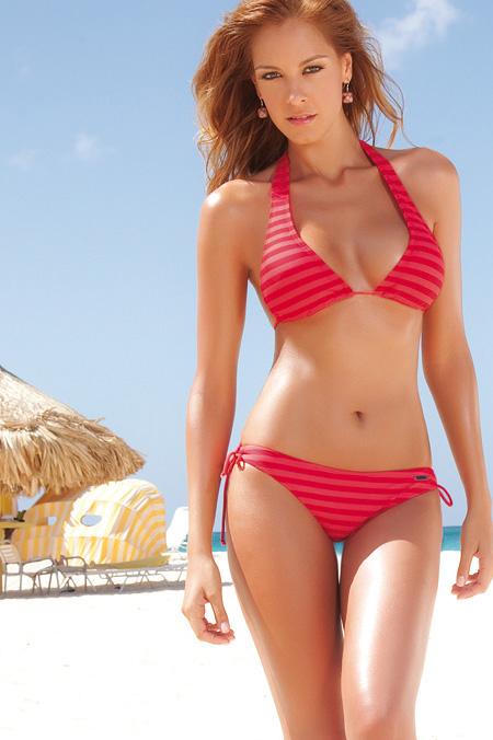acun bikini Laura