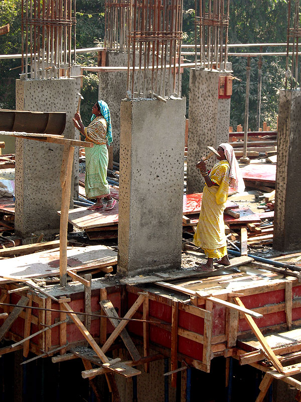 construction workers in mumbai, party over back to work