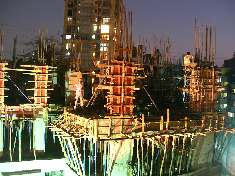 construction workers in mumbai