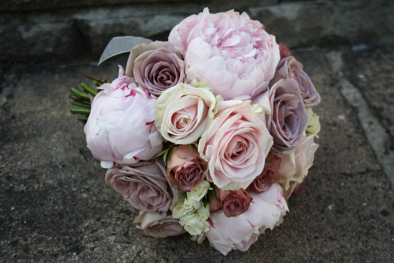 The Blossom Tree: Vintage rose bouquets