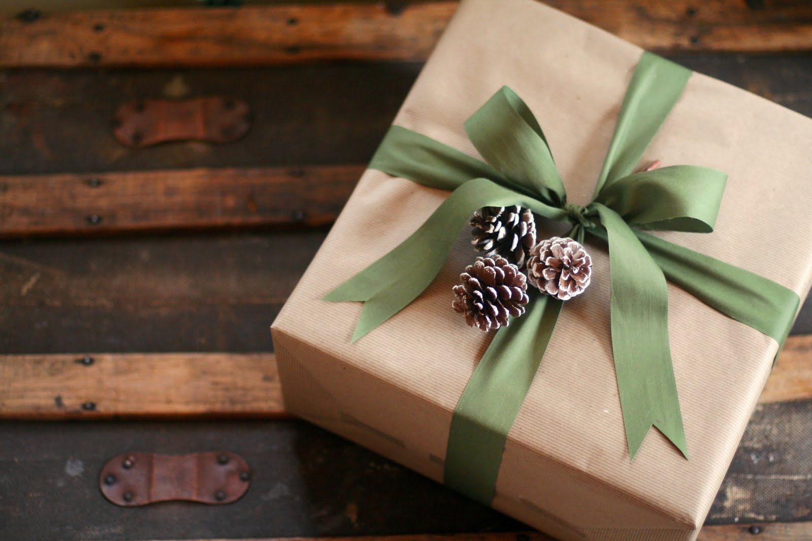 Brown paper gift wrap