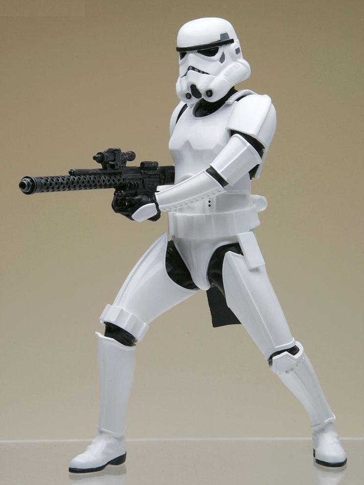 S And W >> guNjap: Star Wars: ArtFX+ Stormtrooper Build Pack, Large ...