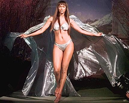 Tyra Banks sexy woman