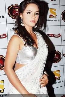 nude Cleavage Priyanka Bassi (64 foto) Sexy, Facebook, braless