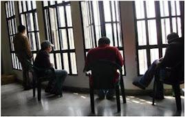 براءة خلف القضبان